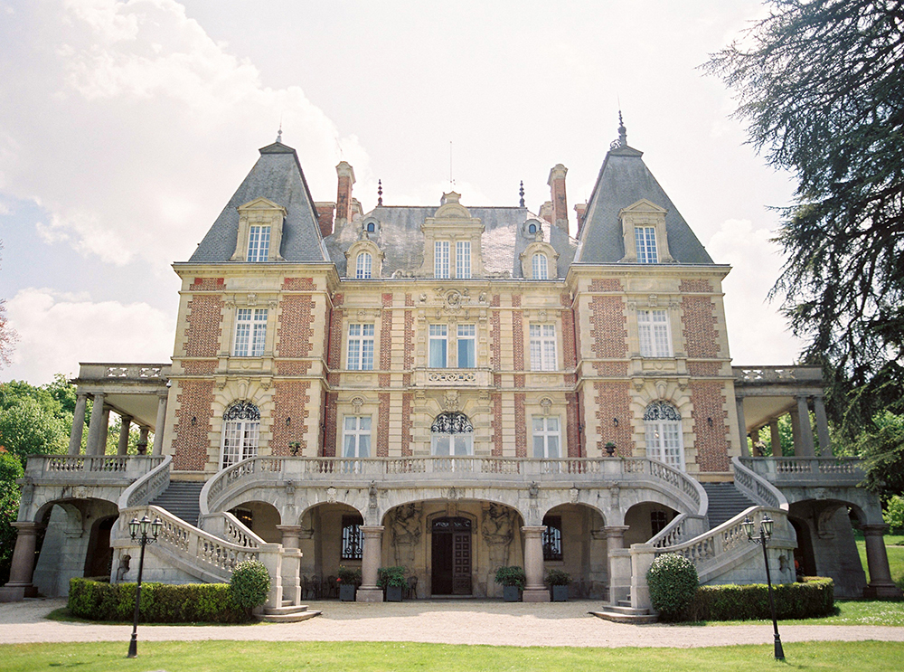 Beautiful chateau bouffemont in paris