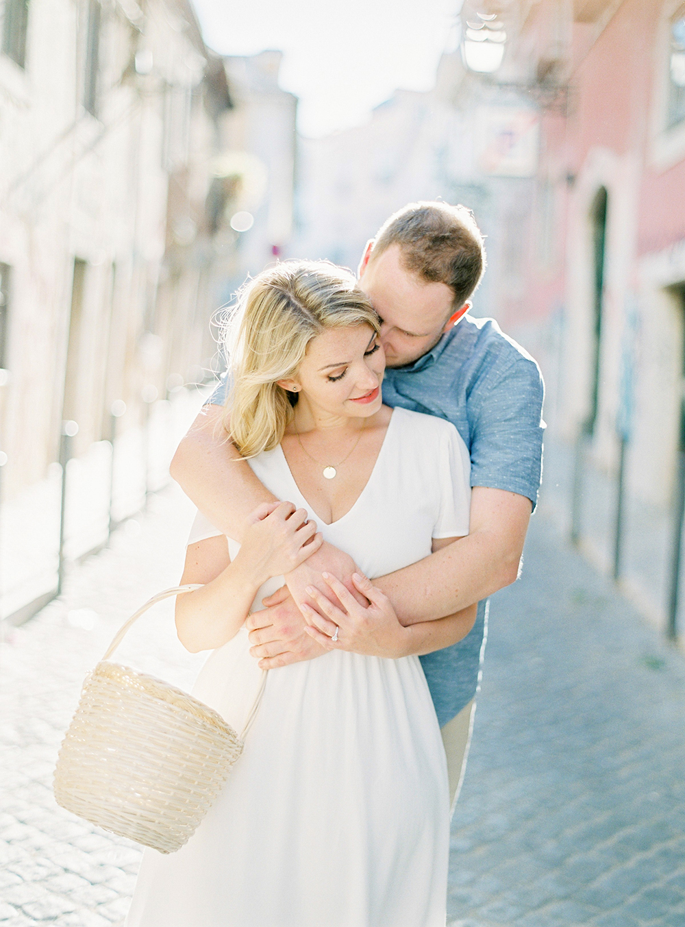 Beautiful engagement shoot in Lisbon