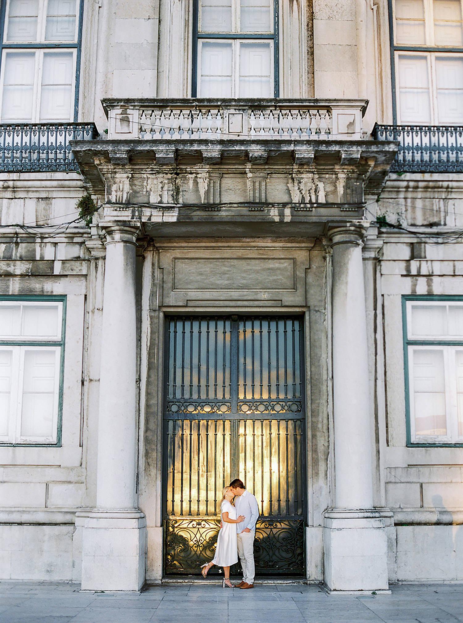 Engagement session in Lisbon