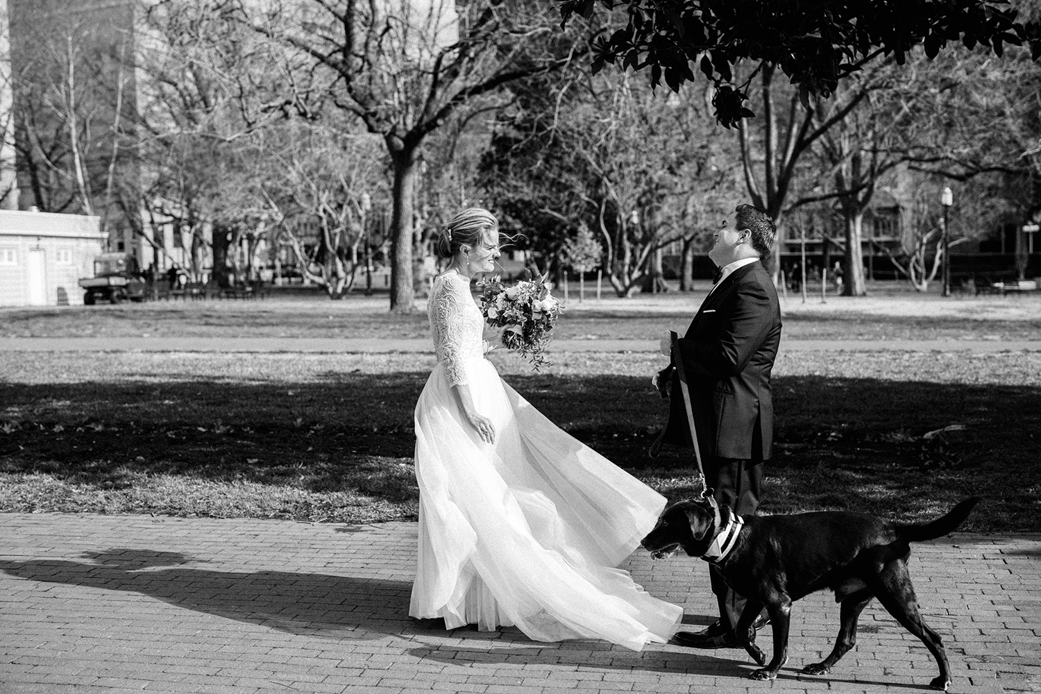 First look on this winter wedding in the city