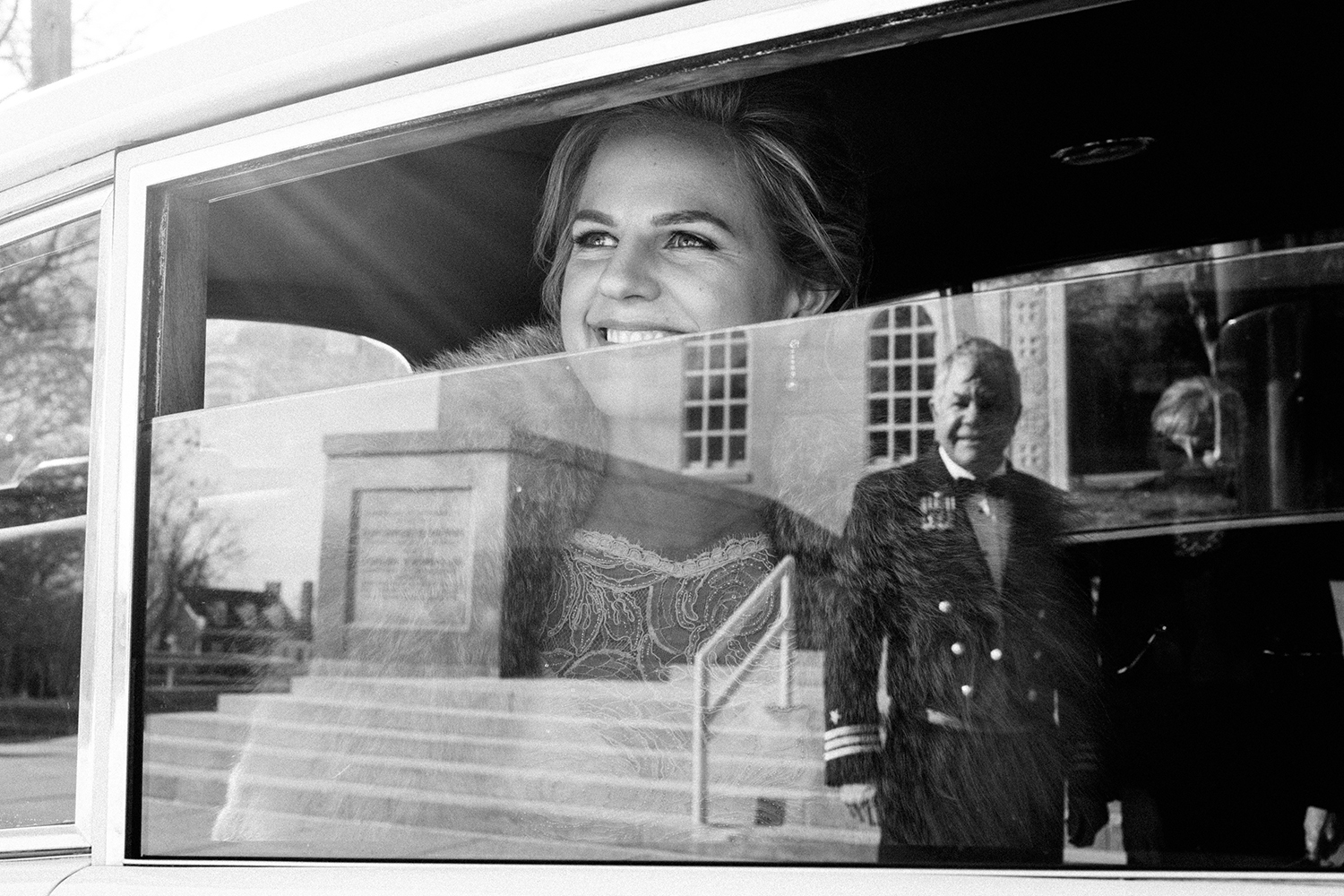 Bride arriving to Church on this Winter city wedding in the heart of Washington DC