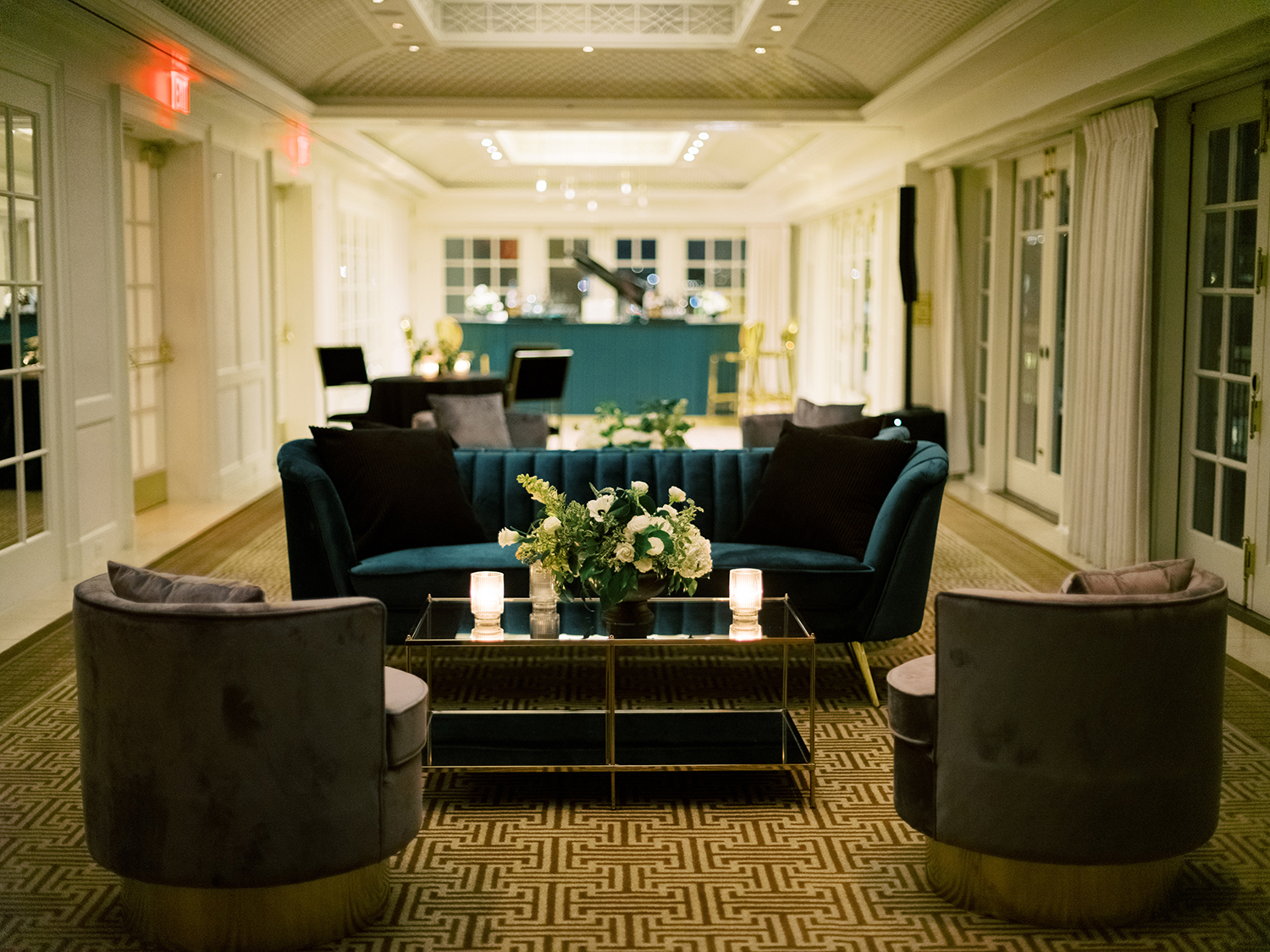 Lounge area of this rooftop wedding in the Hay Adams Hotel